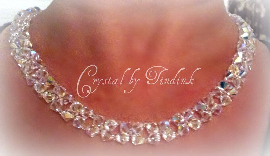 Swarovski Crystal Necklace by Tindink